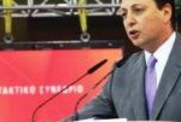 Αιχμηρός για εσωκομματικές συμπεριφορές ο Σπ. Λιβανός. «Θα μπω μπροστά στον αγώνα» διαμηνύει.