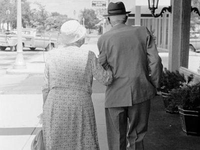 Η γιαγιά και ο παππούς στο στόχαστρο…