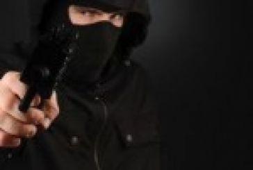 Με 13000 ευρώ έφυγαν οι δράστες ένοπλης ληστείας σε βενζινάδικο