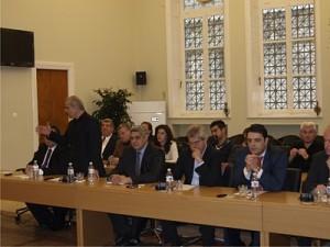 Πολεοδομικό, μεταφορά μαθητών και νέο δημαρχείο στο δημοτικό συμβούλιο Αγρινίου