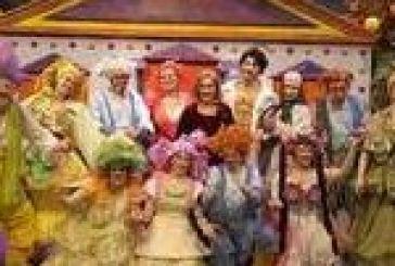 Η παράσταση ΑΡΙΣΤΟΦΑΝΗΣ…ΣΑΝ ΠΑΡΑΜΥΘΙ ΕΚΚΛΗΣΙΑΖΟΥΣΕΣ την Τρίτη στο Κηποθέατρο