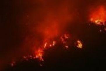 Ώρες αγωνίας για τη φωτιά στον Μαχαιρά