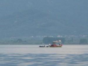 Πάρτι (εξακολουθεί να)κάνει η παράνομη αλιεία στην Τριχωνίδα