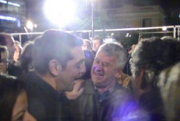 Παρουσία Κουρουμπλή, επίθεση Τσίπρα σε Κυβέρνηση και διαπλοκή