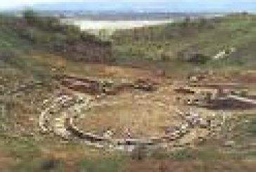 Για το Αρχαίο Θέατρο Στράτου θα έρθει ο Σταύρος Μπένος