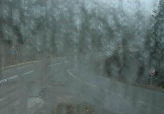 Xιονίζει απο το πρωί στο Καρπενήσι(φώτο)
