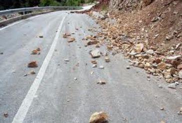 Προσοχή στο δρόμο από Παραβόλα προς Παντάνασσα