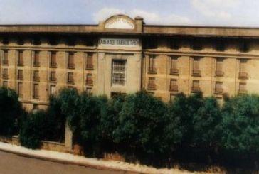 Επιστολή προς Γερουλάνο: Να γίνουν μουσείο οι καπναποθήκες Παπαπέτρου στο Αγρίνιο