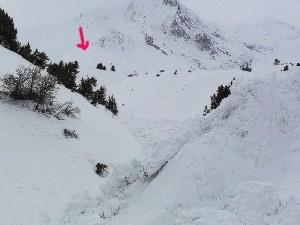 Τεράστια χιονοστιβάδα έπεσε στα Φουρνά Ευρυτανίας (φωτορεπορτάζ)