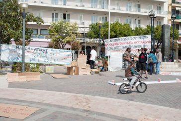 """Εικόνες στην Πλατεία από το κίνημα """"Μarch to Athens"""""""