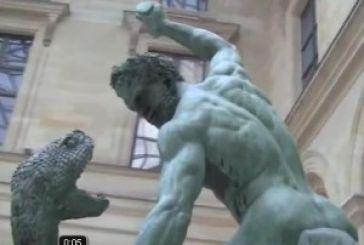 """Βίντεο με το γλυπτό """"Η πάλη του Αχελώου με τον Ηρακλή"""" στο Μουσείο του Λούβρου"""