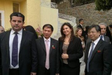 Επαφές Κατσούλη με Βιετναμέζους αξιωματούχους