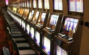 Συλλήψεις για παράνομο τζόγο και ηλεκτρονικά παιχνίδια