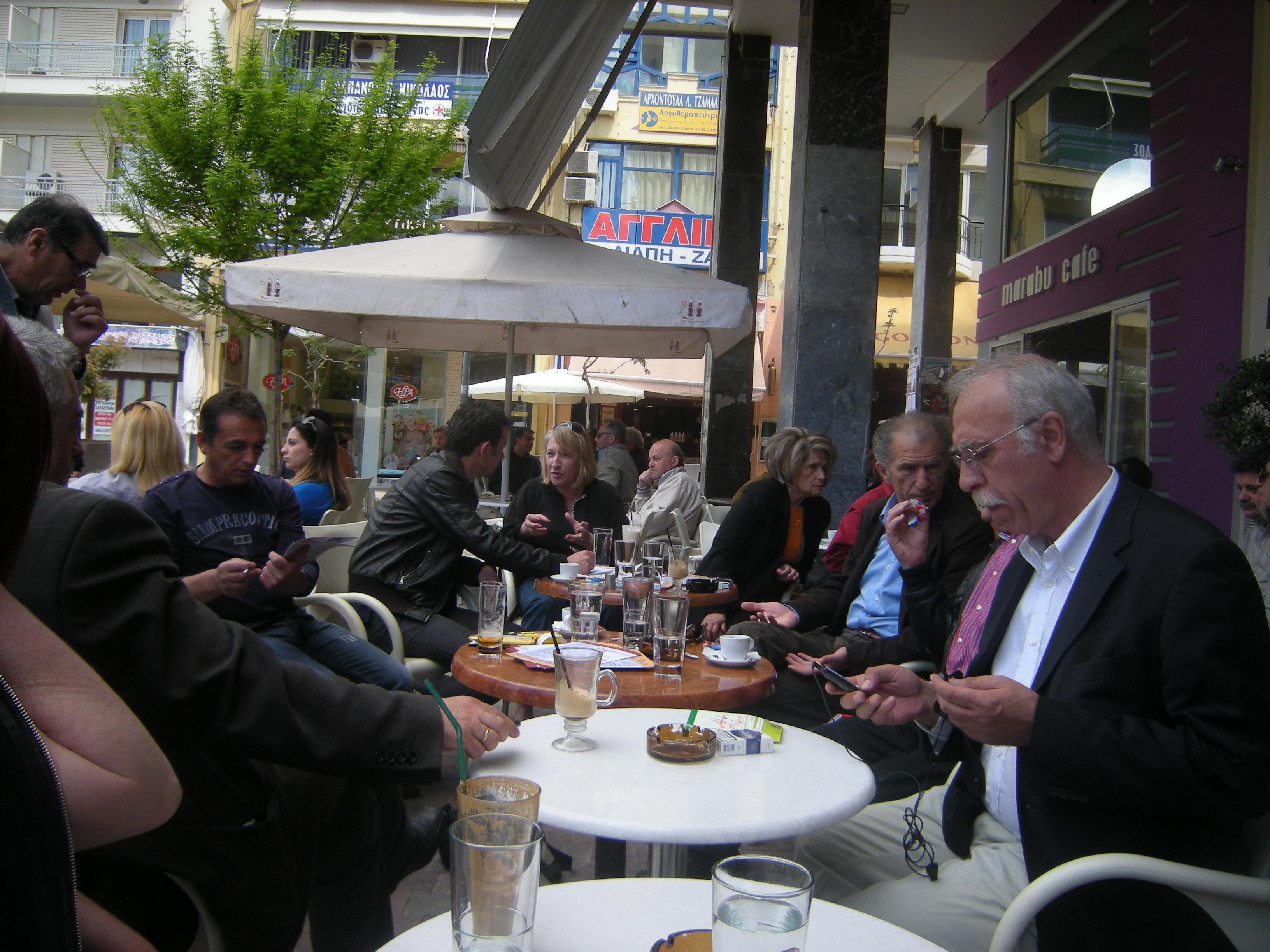 Καφές στο κέντρο με υποψήφιους του ΣΥΡΙΖΑ