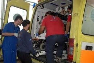 Τροχαίο με τραυματίες επιβαίνοντες σε ασθενοφόρο