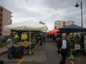 Ερωτήματα από την  Ένωση Καταναλωτών για τις τιμές στις λαϊκές του Αγρινίου