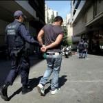 Σύλληψεις Αλβανών για ναρκωτικά και όπλα στο Μεσολόγγι