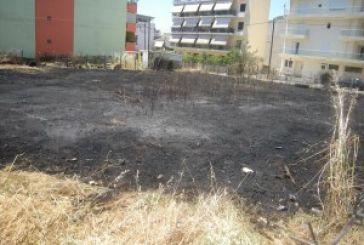 Μια σπίθα και… αμέσως φωτιά σε οικόπεδο