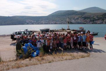 Εκστρατεία για καθαρές ακτές στον Αμβρακικό