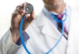 Στη θέση του γιατρός που κατηγορήθηκε για παράνομη συνταγογράφηση