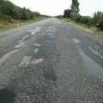 Έπεσαν οι υπογραφές για τη συντήρηση του εθνικού οδικού δικτύου
