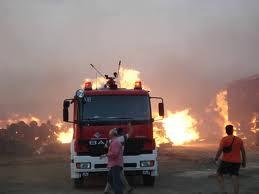 Κατασβέστηκε γρήγορα φωτιά κοντά στις εργατικες κατοικίες