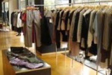Συνέλαβαν 60χρονη για κλοπή ρούχων!