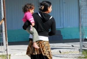 Συμπεράσματα από τη δημοσίευση της ιστορίας για τη 18χρονη μητέρα Ρομά
