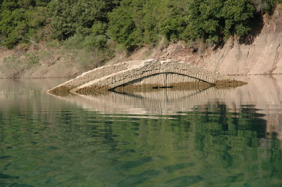 Αποτέλεσμα εικόνας για Η Λίμνη Κρεμαστών