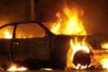 Έρπαξε φωτιά διερχόμενο όχημα