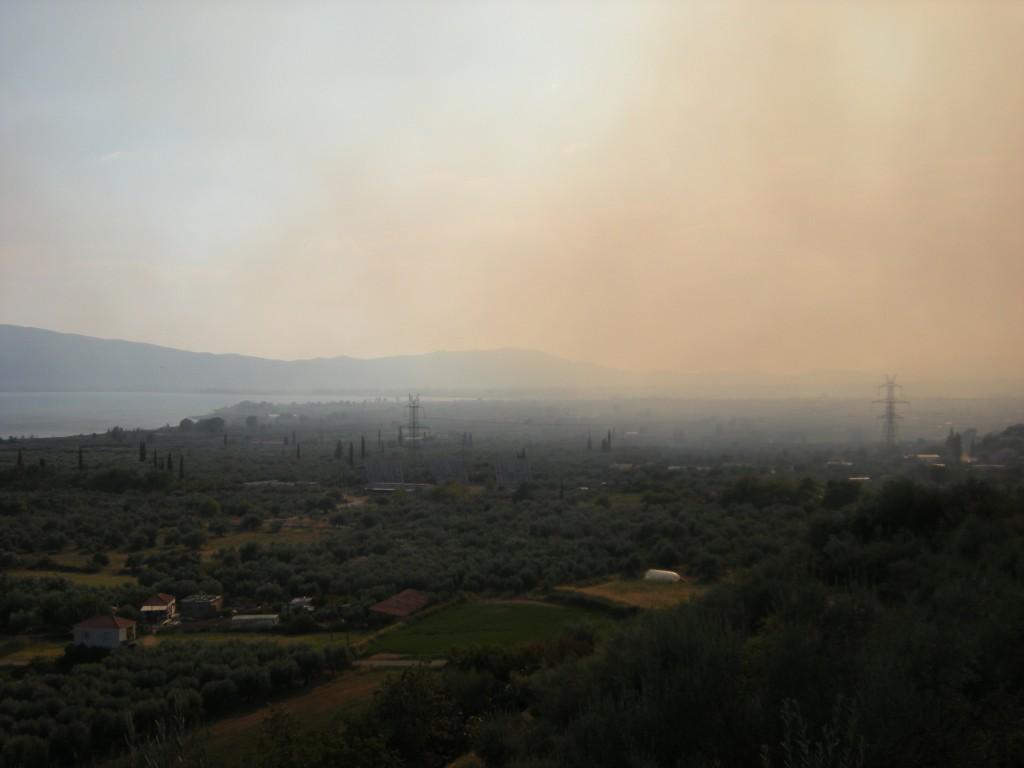 Απειλεί την Παραβόλα η φωτιά