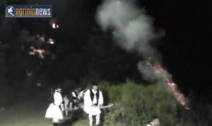 Συγκλονιστική η νυχτερινή αναπαράσταση μάχης του Γ. Καραϊσκάκη στον Άγιο Βλάση (Vid)