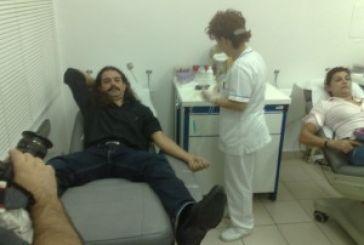 Με δρακόντεια μέτρα η αιμοδοσία της Χρυσής Αυγής (φωτό)