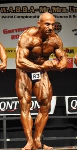 Ένας Αγρινιώτης για την επαγγελματική κάρτα bodybuilding