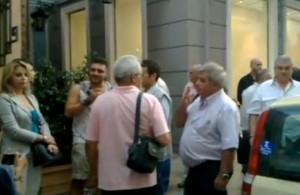 Πάτρα: Οι «Ανεξάρτητοι Ελληνες» θυροκόλλησαν ψήφισμα στο Προξενίο της Γερμανίας