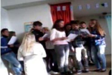 Σχολική γιορτή μνήμης από το Λύκειο Παναιτωλίου