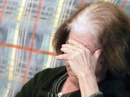 Tρόμος για ηλικιωμένη στο Αιτωλικό, ληστές την απείλησαν με όπλο