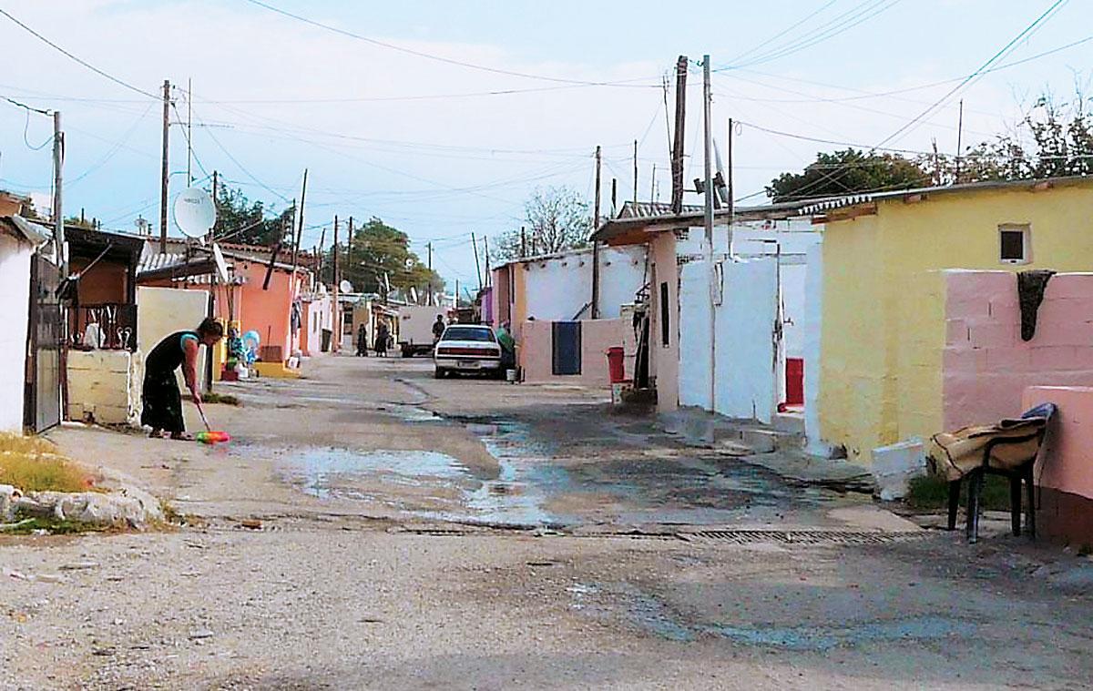 """""""Νέα Γη"""" Αγρινίου: Δριμύ """"κατηγορώ"""" στην Πολιτεία για τους Ρομά"""