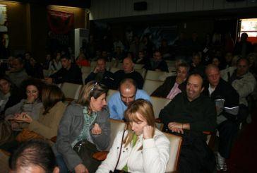 Συνεχίζουν τον αγώνα οι εργαζόμενοι των δήμων Αγρινίου και Μεσολογγίου