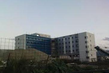 Κίνδυνος απένταξης του πρόσθετου ορόφου του νέου νοσοκομείου