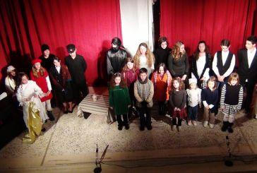 «Τα παιδιά κάνουν θέατρο» (video)