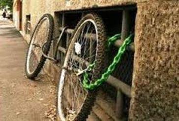 Κλέβουν μπασκέτες και ποδήλατα μέσα από τα σπίτια!