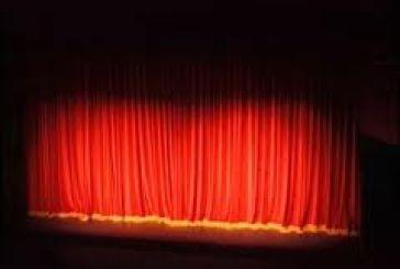Θέλει(και μπορεί) να βοηθήσει το φοιτητικό θεατρικό ο Νικολαΐδης