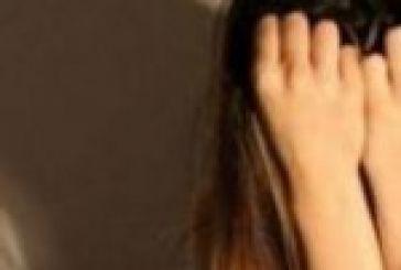 Μήνυσε την ανήλικη κόρη της για κλοπή