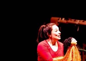 """Κ.Καραδήμα – Κ.Ζαρκάδα μιλούν για την παράσταση του Μικρού Θεάτρου """"Το Χρυσοφεγγαράκι"""""""