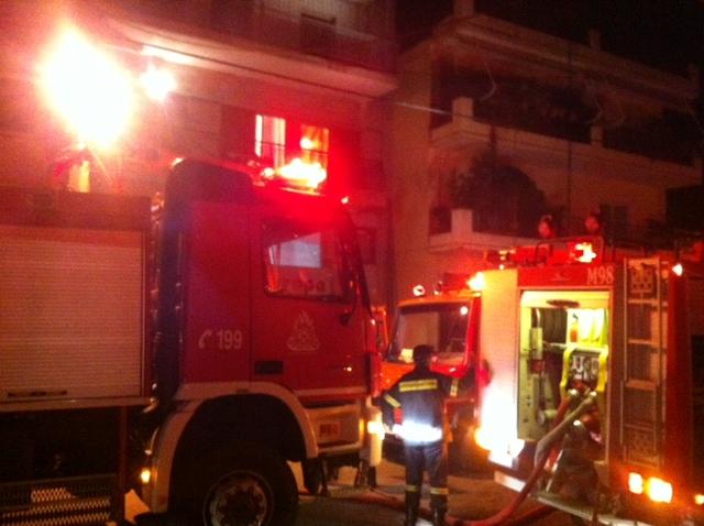 Διαμέρισμα στις φλόγες (φωτό-video)