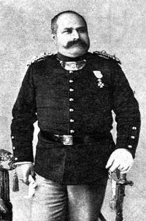 1895: Πως αντιμετώπισε τους γυμνιστές ο Aγρινιώτης Αστυνομικός Μπαϊρακτάρης