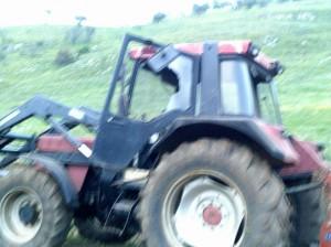 Στα χέρια αγρότης και κτηνοτρόφος στο Σπάρτο