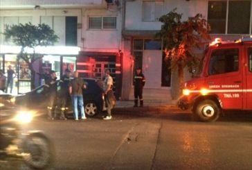 Φωτιά σε όχημα Χρυσαυγίτη – έσπασαν μαγαζί στη Δαγκλή
