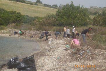 Καθαρισμός παραλίας στη Πλαγιά